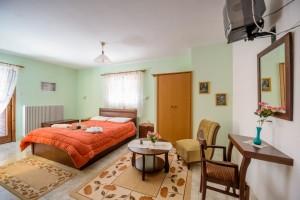 hostel triklino1
